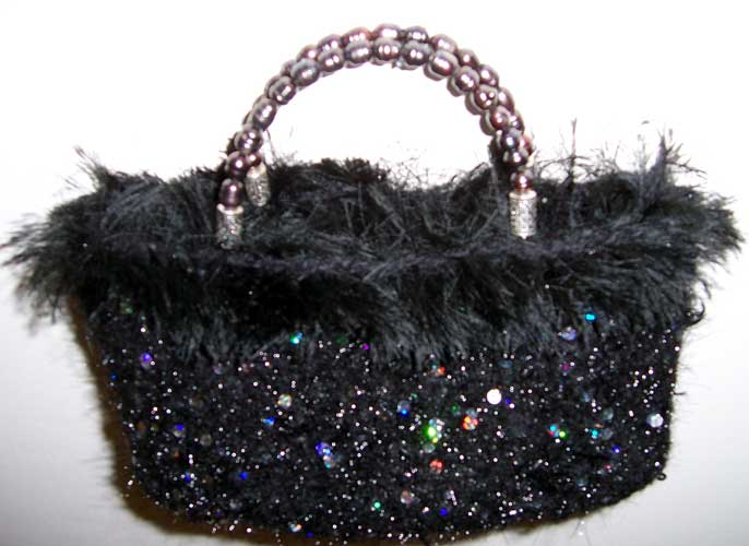 Furry black pochette
